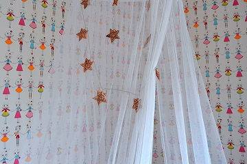 girl's bedroom bed canopy detail star